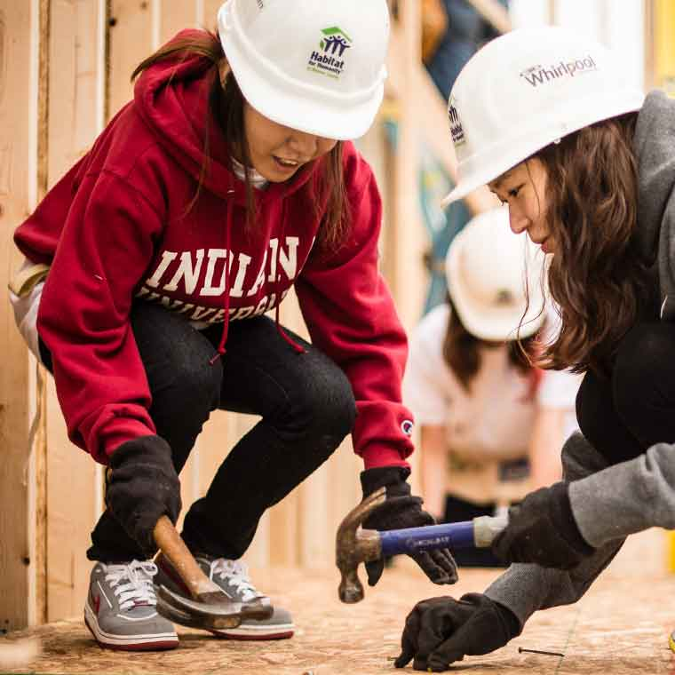 IU students participate in a Habitat for Humanity build